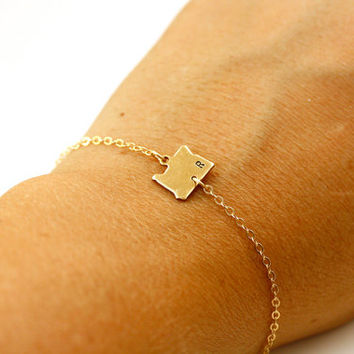 State Bracelet Stamped Letter Gold, State Shaped Charms, Hand Stamped Initial Arizona Bracelet, Ohio Bracelet Minnesota Bracelet Oregon