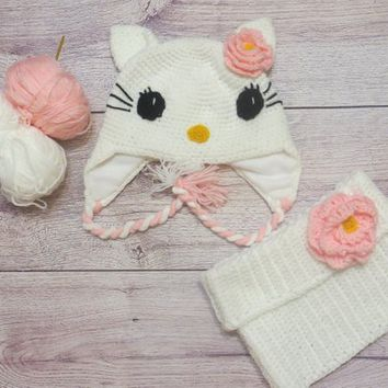 Hello Kitty Crochet Hat and  SnoodfScarf, Fleece Lining, Free shipping