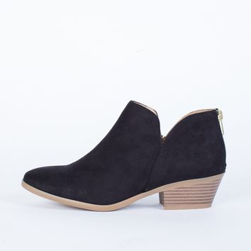 Easygoing Ankle Booties