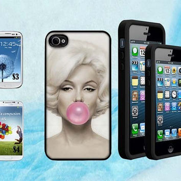 Hand Made Marilyn Monroe with pink Bubble Gum Designer Case Plastic Snap for iPhone 4 4S 5 5C 5S Galaxy S3 / S4