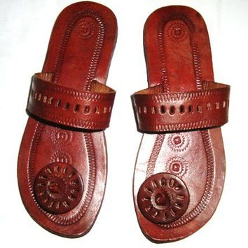 Panelled Circle Post Leather SandalsHandmade by IncredibleIndia