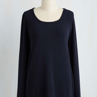 Mid-length Long Sleeve Eccentric Instructor Top