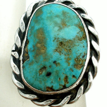 Turquoise Ring, Sterling Silver, Size 5, Hand Wrought, Vintage Jewelry, Southwestern Rings, Blue Green Gemstone, Statement Piece