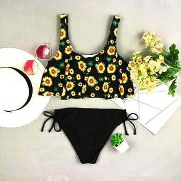 Pretty Bikini Set 2018 bikinis solid Bottom Swimsuit Floral Print Sunflower top swimwear women sexy low waist  halter beach bathing suit KO_24_2