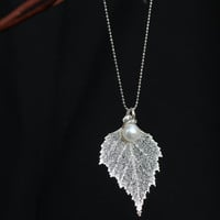 Real leaf Jewelry, Sterling Silver electroplated Genuine Birch leaf w/ mounted Fresh water pearl pendant necklace, Bridal Wedding jewelry