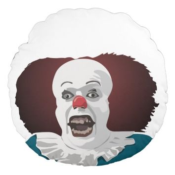 Cool Scared Clown Face Round Pillow