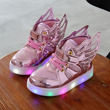 Children shoes with light 2016 New Children Lighted Shoes Boy Girl LED Flashing Shoes Kids Fashion Sneakers With Wings Shining