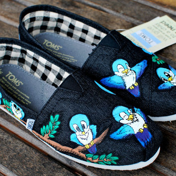 Flying Birds TOMS