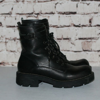 90s Chunky Combat Boot Lace Up US 9 Black Leather Heel Ankle Grunge Hipster Festival Minimalist Punk Nu Goth Gothic Pastel Nine West