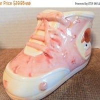 Childrens Coin Bank Precious Moments Girls Pink Shoe Money Box Babys First Bank Vintage Enesco Ceramic Baby Shower Gift Nursery Decor