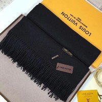 DCCKNQ2 Louis Vuitton Women Fashion Cashmere Warm Scarf Scarves-6