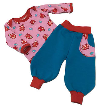 Baby Girl Clothes Outfit size 3 months Shirt Pants Bugs Jersey Red Pink Blue European Handmade Farbenmix Top Trousers