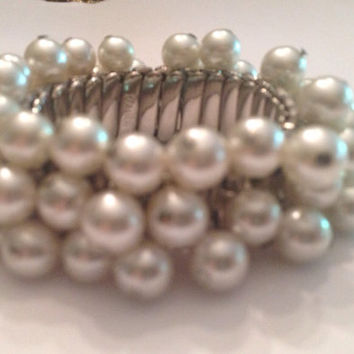 Vintage Japanese Dangle Pearl Expansion Bracelet Costume Jewelry Japan Bride Wedding Party