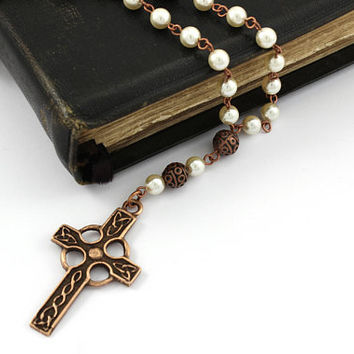Anglican Prayer Beads, Celtic Cross in Antique Copper, Celtic Rosary, Celtic Prayer Beads, Copper Prayer Beads, Pearl Prayer Beads, Unisex