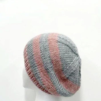 Beanie hat, knitted gray and pink   5012