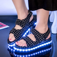 Summer Dzzle Women Led Light Sandals Brand Light Up Shoes for Adults Fashion Luminous Flat Sandals Platform Shoes Womens Led