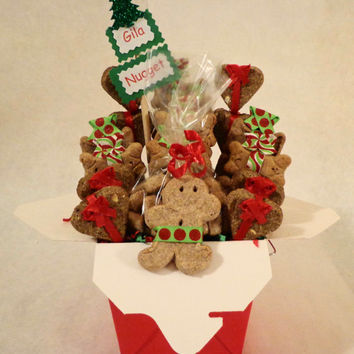 Christmas Dog biscuit gift basket, dog treats, unique gift, colorful, custom, personalized, holiday