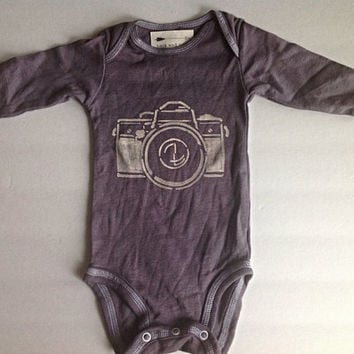 Baby long sleeve worn out camera Onesuit