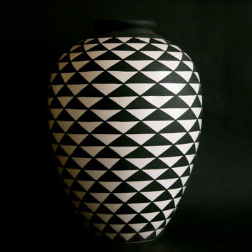 Geometric Black and White Triangle Vase/ Southwestern Style Vase/ Abstract Vase/ Bonnie Hanna Clay/ Bold Geometric Vase/ Rustic Pottery
