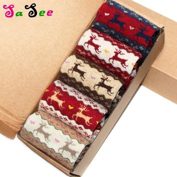 Fashion New Autumn Winter Keep Warm Thick Rabbit Wool Women's Socks Middle Long Retro Christmas Deer Pattern Quality Soft Sock