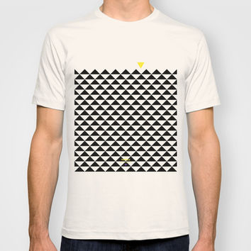 The Triangle Experiment T-shirt by Estudio Minga | Www.estudiominga.com