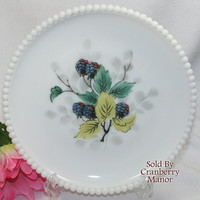 Vintage Westmoreland Beaded Edge Fruit Milk Glass Blackberry Salad Plate G355A