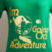 The Hobbit  Bilbo Baggins : I'm going on an adventure mustard and cream printed T-shirt