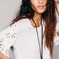 Free People Womens Mallarys Battenburg Tee - Snow,