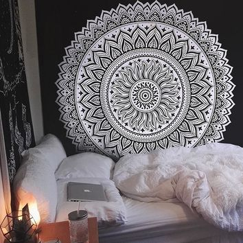 Wall Hanging Carpet Mandala Tapestry Boho Hippie Towel Indian Bedspread Tablecloth Blanket Yoga 148X200cm