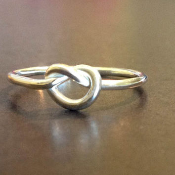 Love Knot Ring by donnaodesigns by donnaOdesigns on Etsy