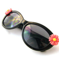 Black Cateye Daisy Sunglasses - Simple & Adorable Cat Eye Sunnies w/ Pink Daisy Cabochons