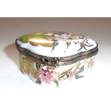 Flowers and Leaves Gold Trim Limoges Box