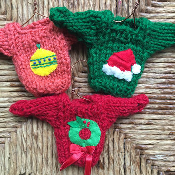 Handmade Christmas Ornaments, set of 3 Mini Sweater Ornaments, Christmas Ball, Santa Hat, Xmas Wreath, Handcrafted Xmas, Party Favors