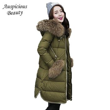 Women White Duck Down Coat Down Jacket Outwear with Real Raccoon Fur Hooded Winter Warm Huge Real Fur Pocket Ladies Jacket SHZ39