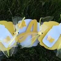 Its a girl: yellow and white baby banner