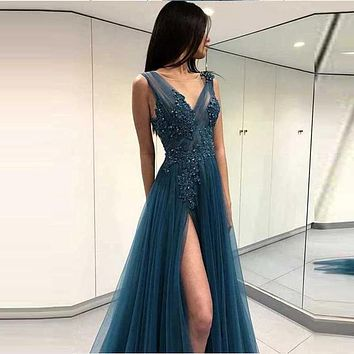 Sexy V Neck Evening Dress Long Side Split Tulle with Lace Appliqued Beading