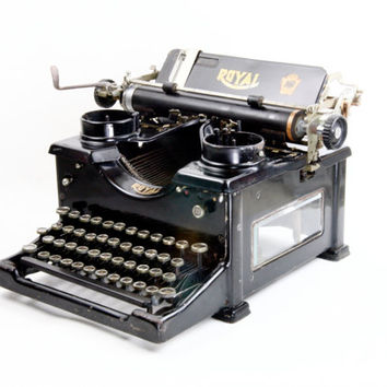 Royal 10 Antique Typewriter - Black Typewriter - Decorative Use Only - Classic Antique Display Typewriter