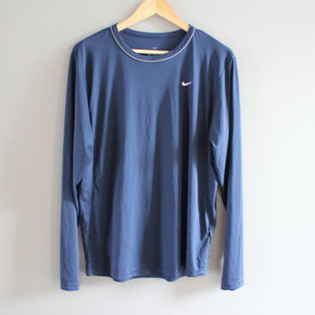 Nike T-shirt Nike Sweatshirt Dark Blue Oversized Pullover Light Weight Long Sleeves Activewear Vintage Nike Retro Minimalist 90s Size M