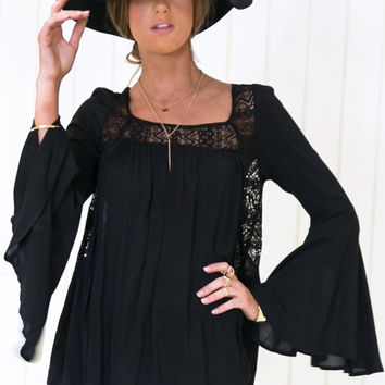 Aureil Bell Sleeve Top - Black