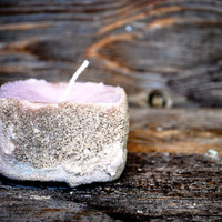 Soy wax candle beach sand crusted and scented with lavanda essential oil