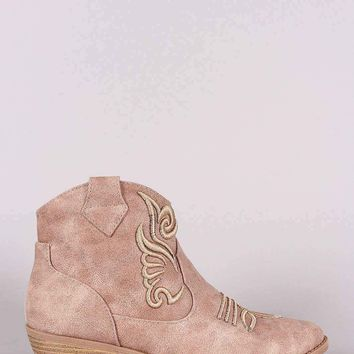 Qupid Western Stitchwork Pointy Toe Ankle Boots