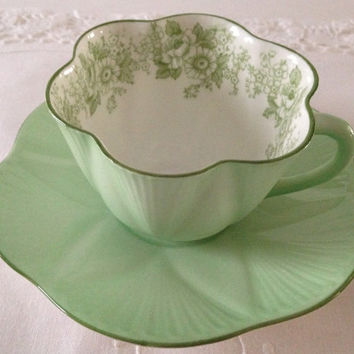Shelley Green Rose & Daisy Tea Cup  and Saucer