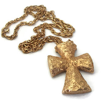 1977 Sarah Coventry Golden Splendor Cross Pendant Chunky Gold Nugget Texture Celtic Cross Necklace Christian Religious Jewelry 24 inch chain