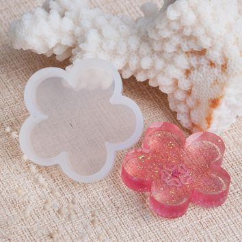 """Doreen Box Silicone DIY Tools Resin Mold Flower White 32mm(1 2/8"""") x 31mm(1 2/8""""),5 PCs 2017 new"""