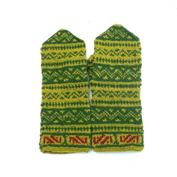 Knit latvian mittens, hand knitted green wool mittens, knitting colorful nordic mitts, patterned arm warmers, winter gloves, accessories