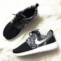 NIKE' Trending Fashion casual sports shoes Scale