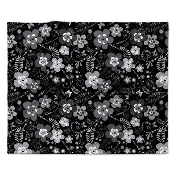 "Suzanne Carter ""Diasy Daisy"" Black Gray Fleece Throw Blanket"