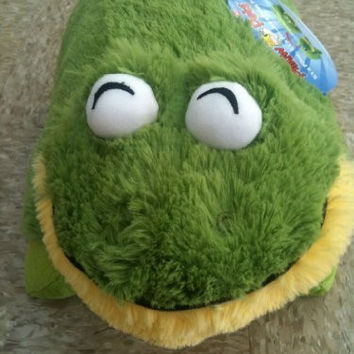 Pillow Pet Plush Green Friendly Frog