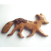 Fox Wall Hanging with Pyrography (Wood burning) Carving in Cherry, made in UK. Wall art, wood carving, fox ornament, childrens room art