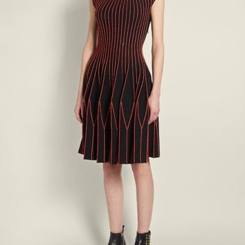 Contrast-stitch geometric pleated-skirt dress | Alexander McQueen | MATCHESFASHION.COM US